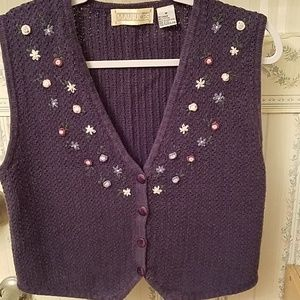 Maurice's Womens Knit Vest Stitched Flowers Medium